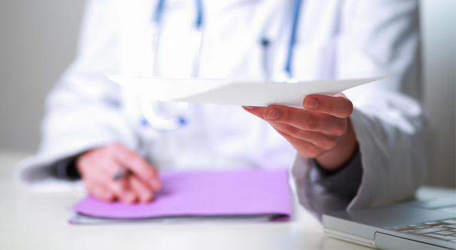 Consentement éclairé et droit à l'information du patient