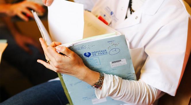 Que contient le dossier médical ?